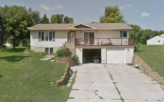 805 Louis Ave, Jackson, MN