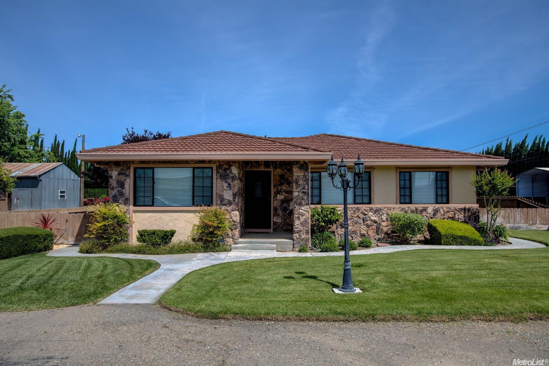 8909 Palmquist Rd, Tracy, CA