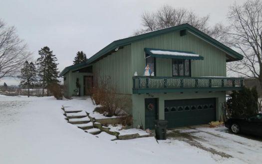 934 Woodland Cir, Long Prairie, MN