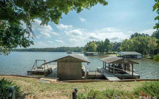 98 Cobbs Creek Rd, Leasburg, NC