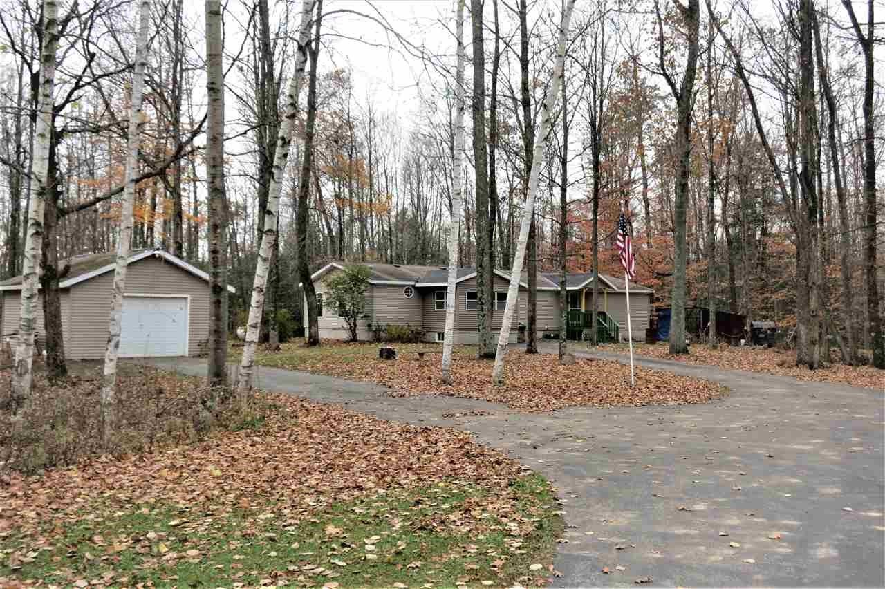N6031 Riverview Rd, Porterfield, WI