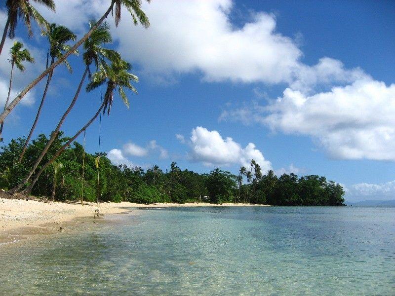Остров Тавеуни