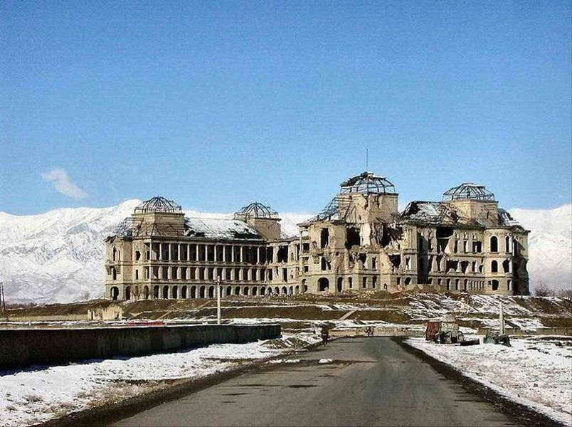 Павловский дворец фото пластичные