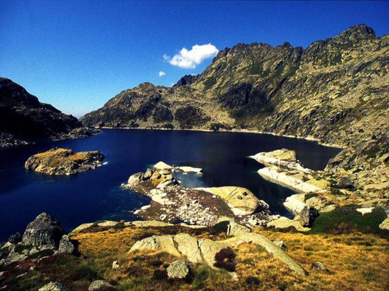 Озера Эстанис-дель-Ангонелла