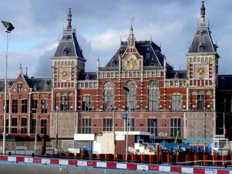 Центральный вокзал, Амстердам