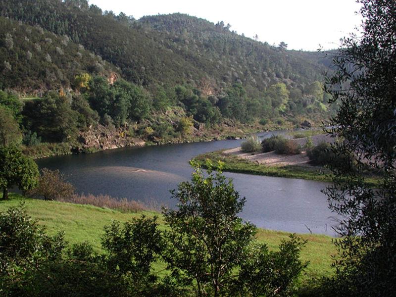 Дамба Каштелу-ди-Боди
