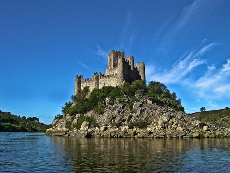 Замок Алморол