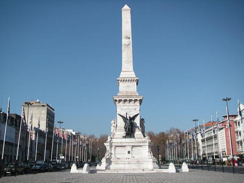 Площадь Реставраторов