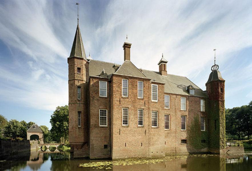 Замок Зёйлен