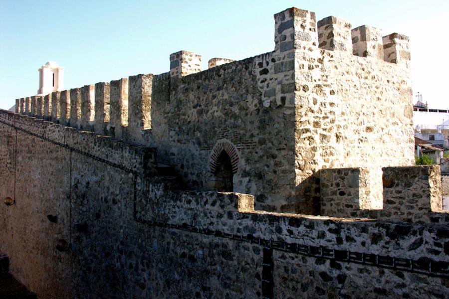 Замок в Элваше