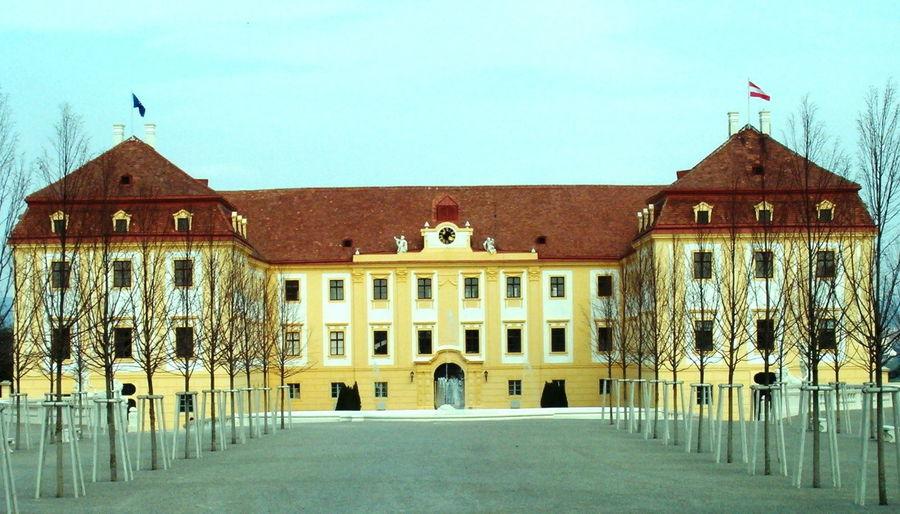 Дворец Хоф