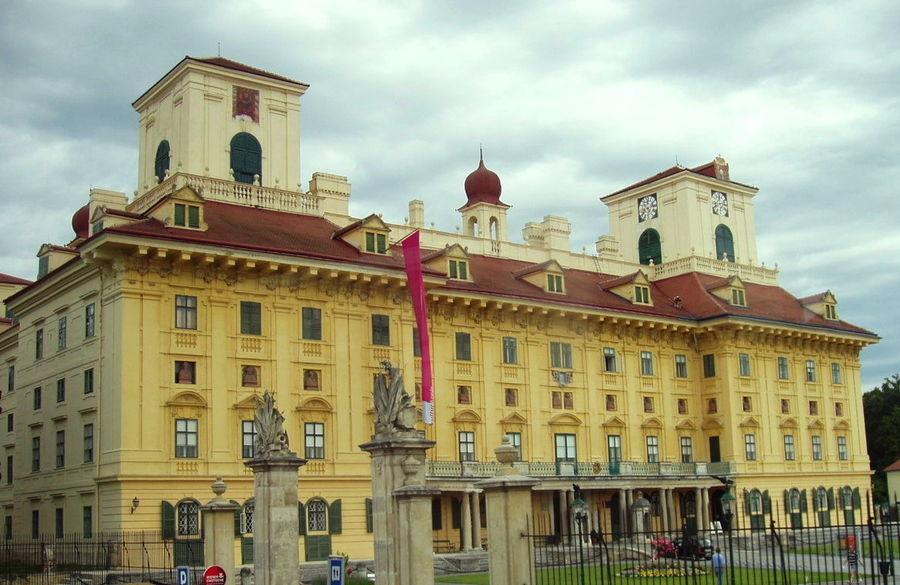 Замок Эстерхази