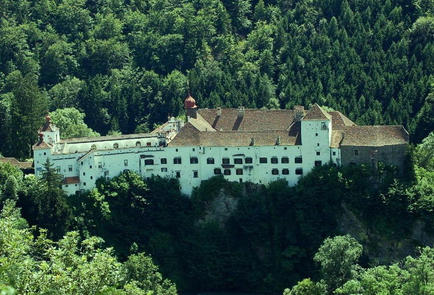 Замок Герберштайн