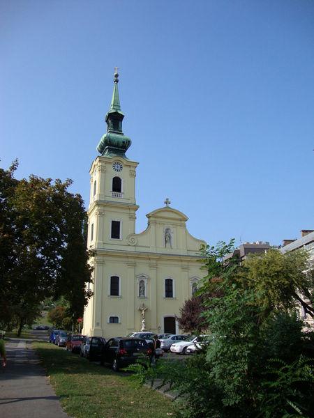 Приходская церковь в Табане