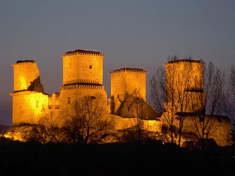 Замок Диошдьёр