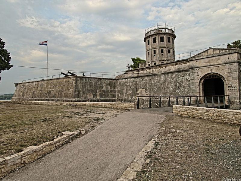 Замок и исторический музей Истрии