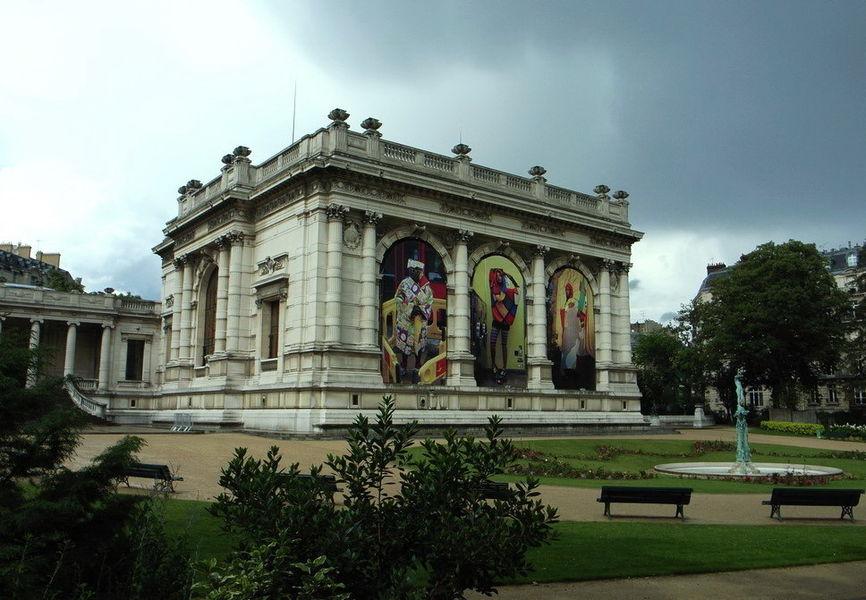 Музей моды и костюма и Дворец Гальеры