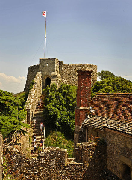 Карисбрукский замок