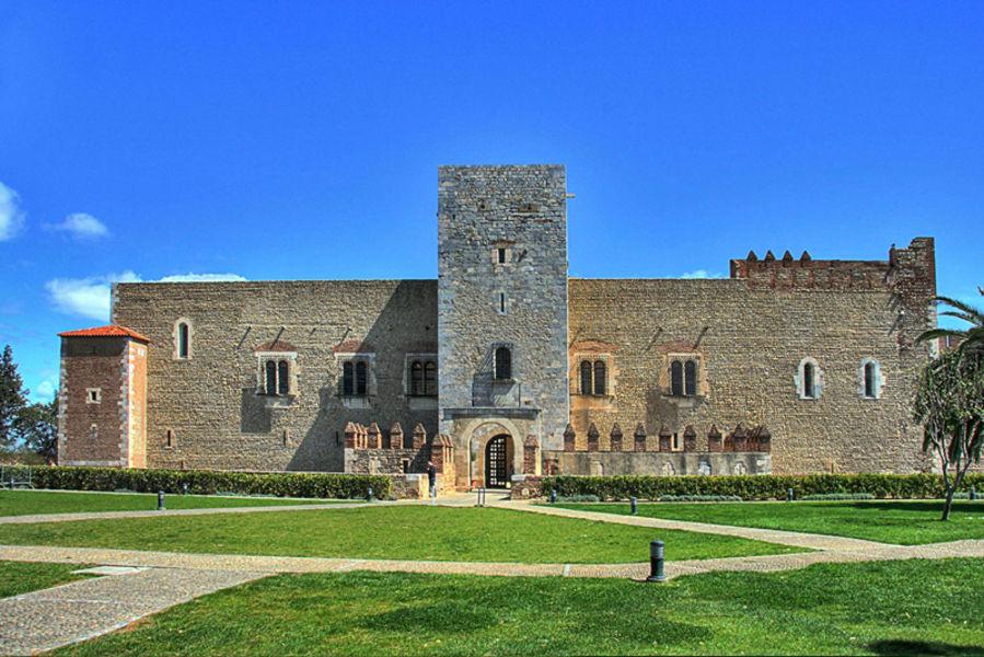 Дворец королей Мальорки