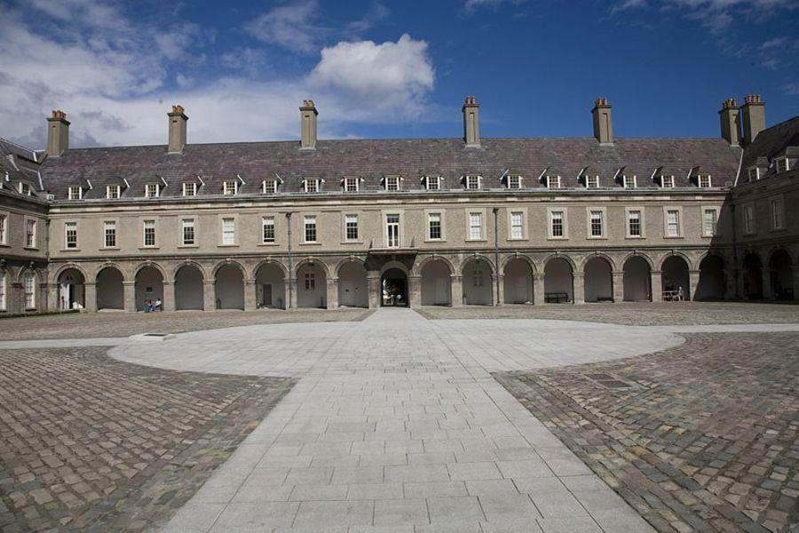 Ирландский музей современного искусства/Королевский госпиталь Килмейнхэм