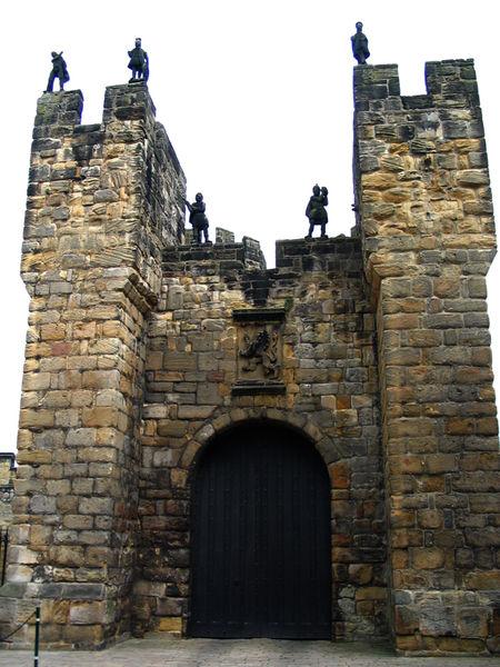 Алникский замок