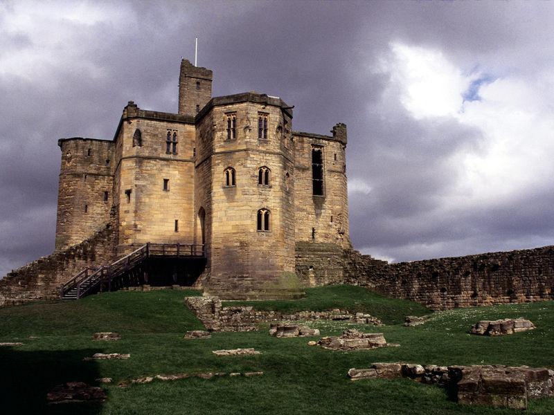 Уаркуортский замок