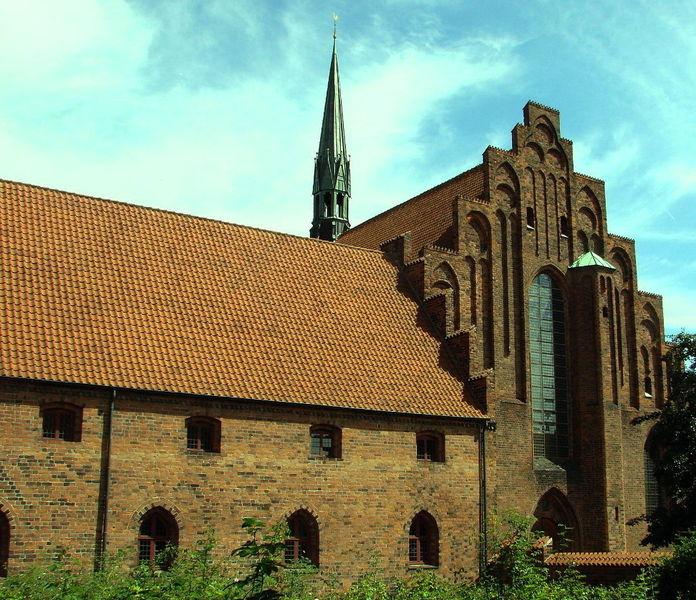 Церковь Святой Марии в монастыре кармелиток