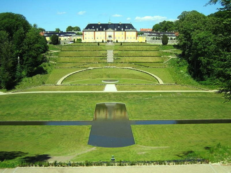 Дворец Ледреборг