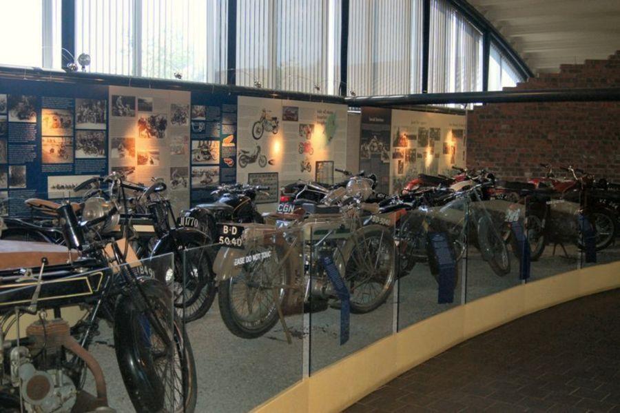 Ольстерский Народный музей и Музей транспорта