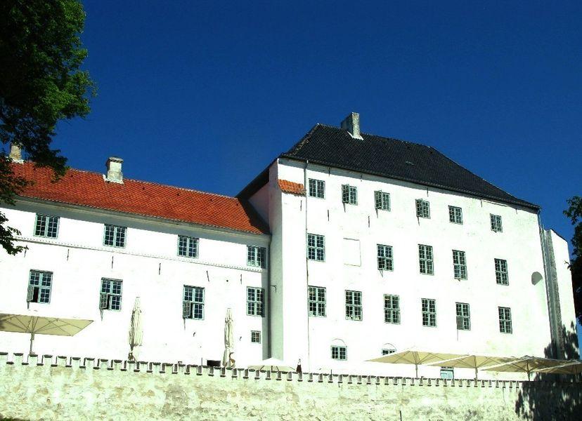 Дворец Драгсхольм