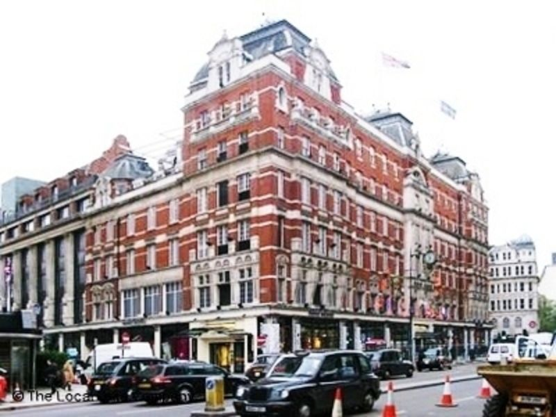 Harvey Nichols & Co London Knightsbridge