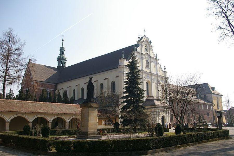 Цистерцианский монастырь в Могиле