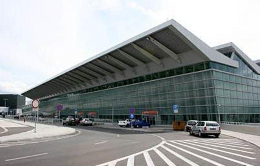 Аэропорт имени Ф. Шопена в Варшаве
