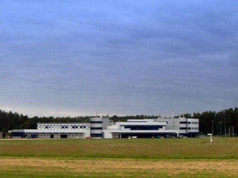 Аэрорпорт Szczecin Goleniow