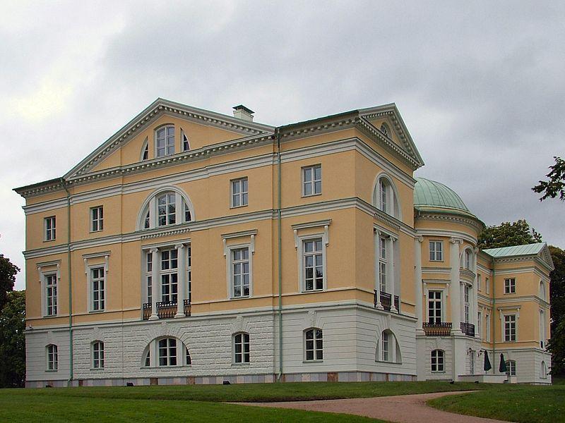 Дворец в Межотне