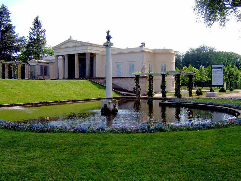Замок Шарлоттенхоф