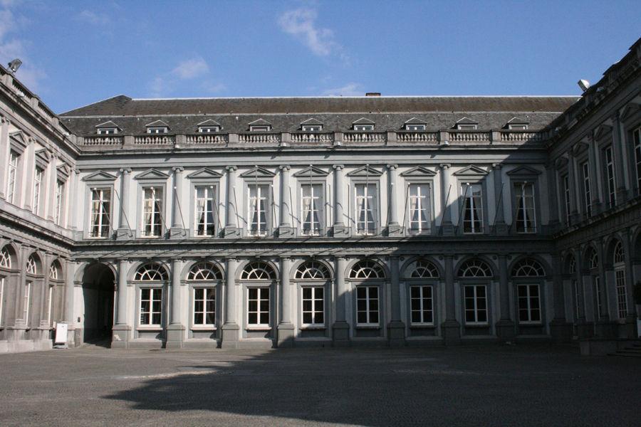 Дворец Эгмонта