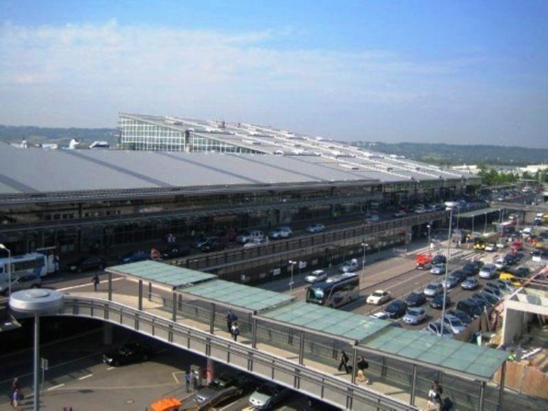 Аэропорт Штутгарт (Flughafen Stuttgart)