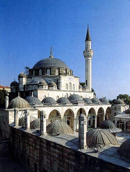Мечеть соколу Мехмед-паши