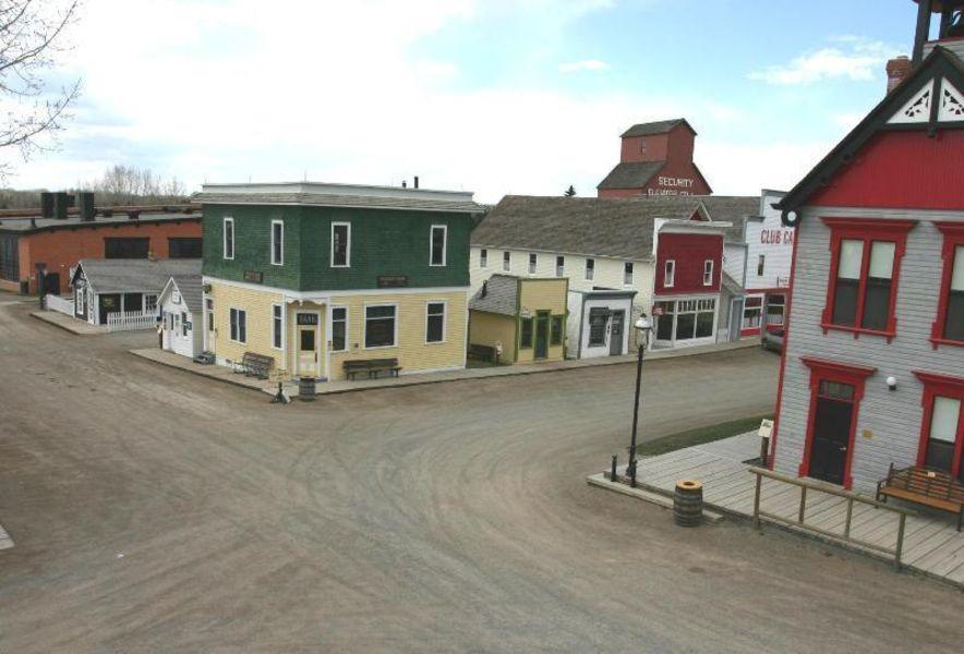 Историческая деревня Heritage Park