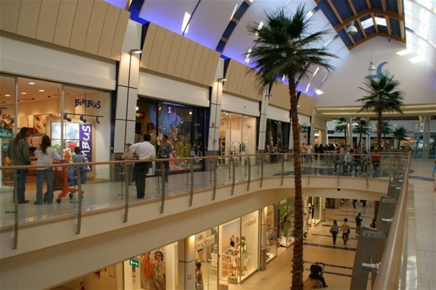 Le Befane' Shopping Mall