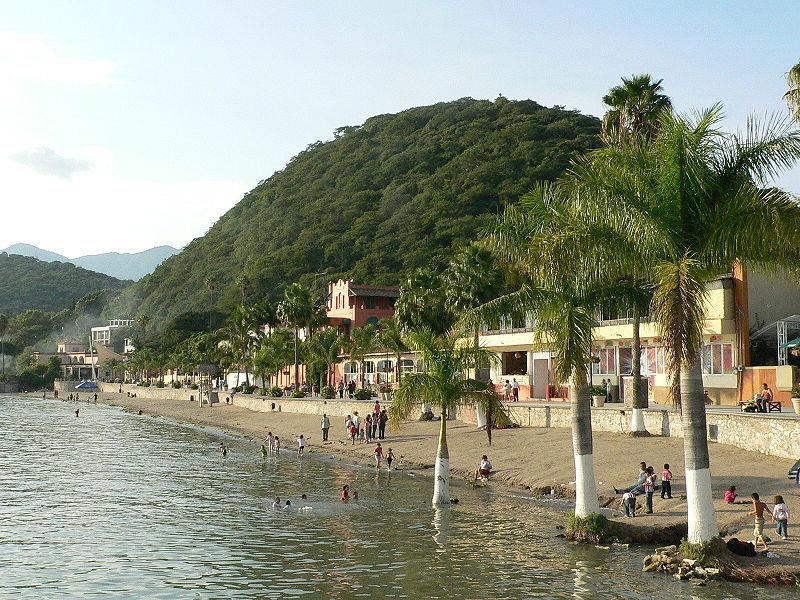 Озеро Чапала