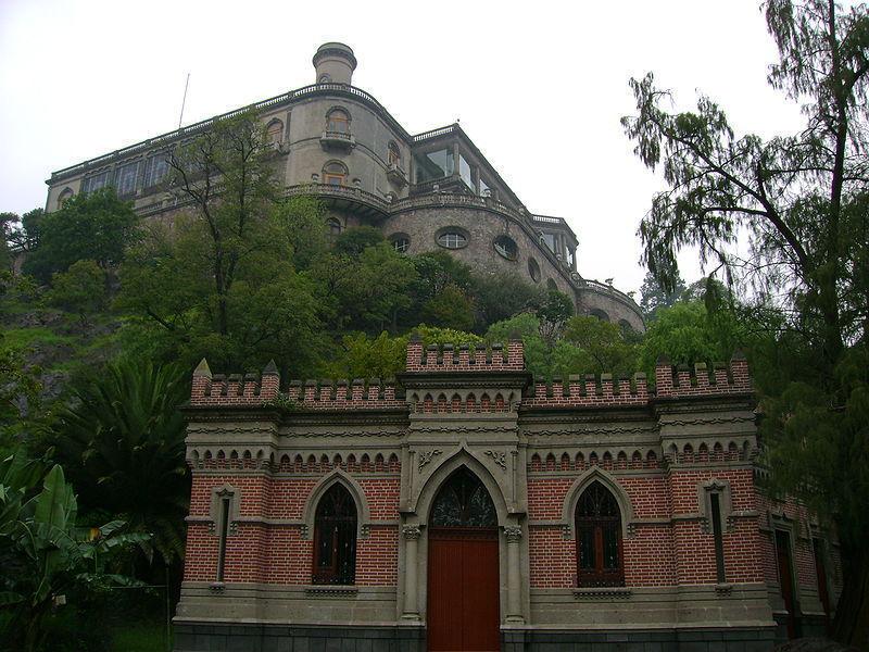 Замок в парке Чапультепек