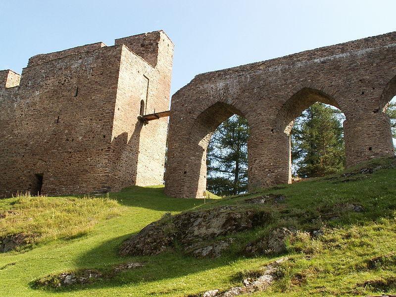 Замок Вельгартице