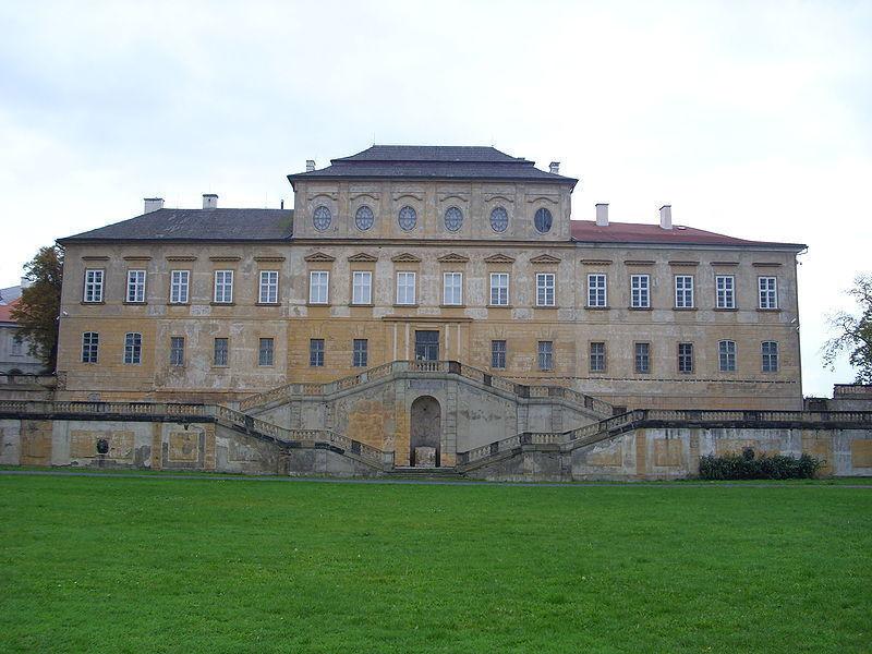 Дворец Духцов
