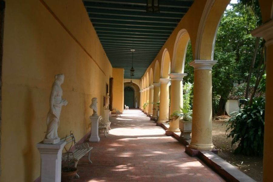 Монастырь Санта-Клара