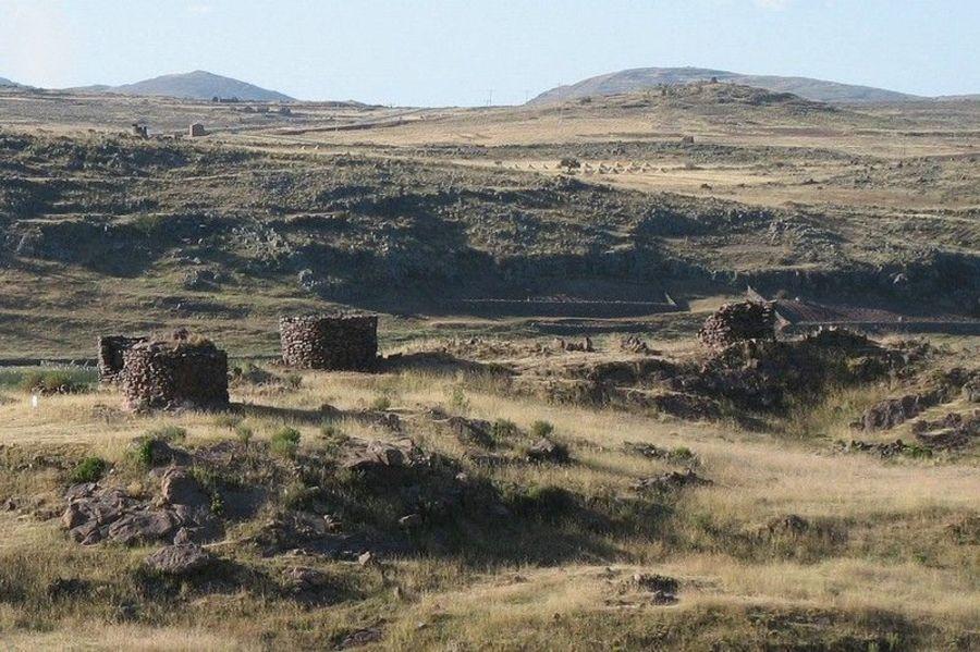 Погребальные башни Сильюстани