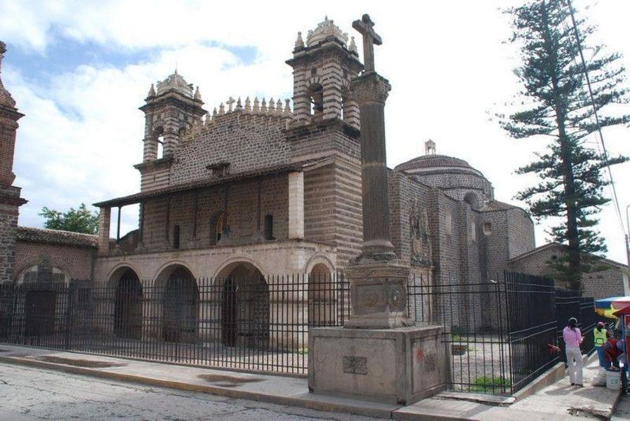 Церковь Санто-Доминго, Аякучо