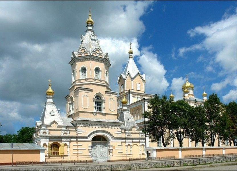 Троицкий монастырь, Корец