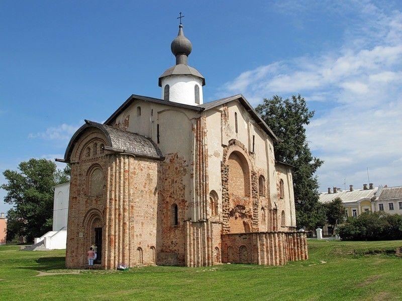 Церковь Святой Параскевы Пятницы на Торгу